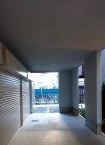 バイクピット入口写真